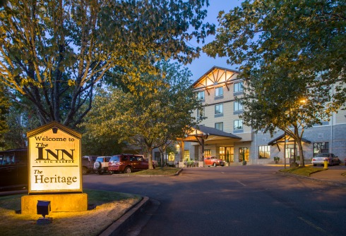 The Inn at Gig Harbor, Inn, Hotel, Motel, Sleeping, beds, accommodations, venue, event, party, rental, rooms, conference, wedding, meeting, vendor, lobby, restaurant, food, drinks, alcohol, bar, catering, audio visual, conference room, meeting, free parking, lobby, breakfast, lunch, dinner, planning, staff, rental car, shuttle, airport, valet, seminar, lecture, speaker, entertainment, sleeping, bed, queen, suites, pets allowed, trolley to downtown, Kitsap shuttle service, concierge service, baggage, overnight , parking, covered entry, shuttle pickup