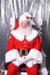 Santa landing at Markee Coffee @ Markee | Gig Harbor | Washington | United States