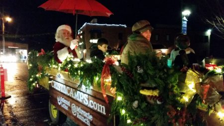 Downtown Hayrides with Santa! @ Front of Timberland Bank | Gig Harbor | Washington | United States